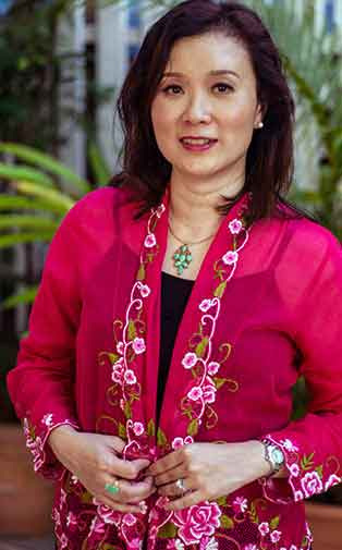 Author Benita Fong